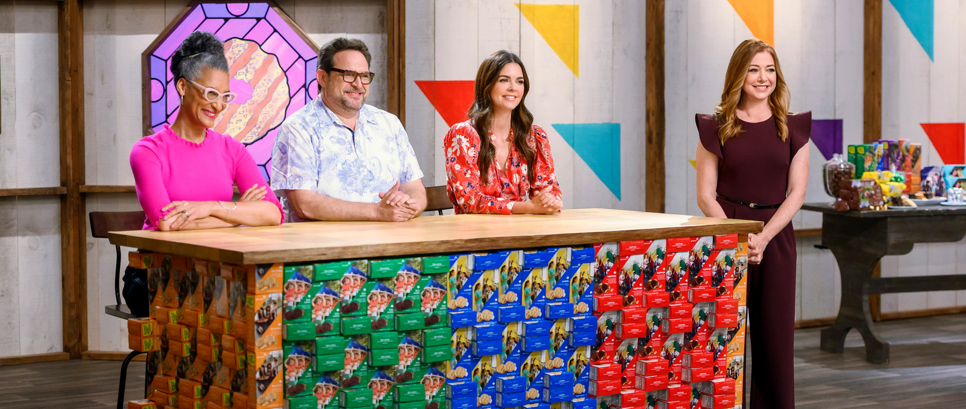 Judges-Carla-Hall,-Nacho-Aguirre,-Katie-Lee-and-host-Alyson-Hannigan-on-Food-Network's-Girl-Scout-Cookie-Championship_1920x815Br